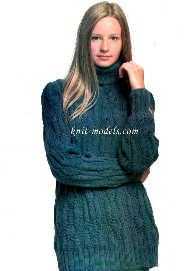Длинный свитер из.