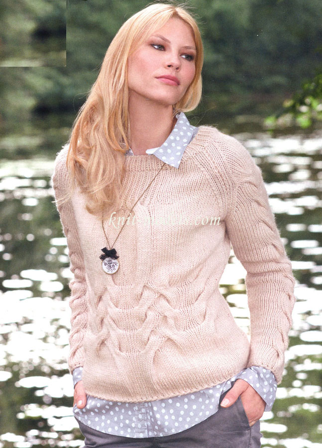 Пуловер реглан из узора с косами